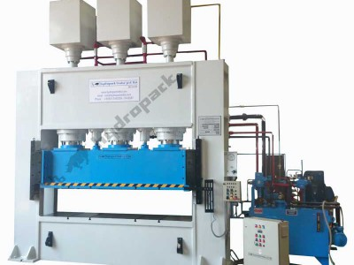 Hydraulic Forming Press of 600T Capacity