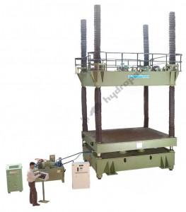 Hydraulic Four Pillar Press of 500T Capacity