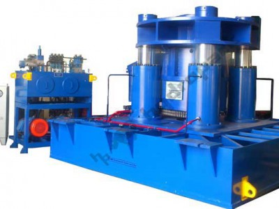 Hydraulic Press Of 1200t Cap. (Pulling) For Clamping Stators