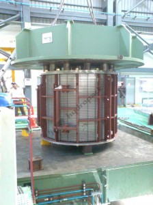 Hydraulic Press Of 500t Cap. (Pulling) For Clamping Stators